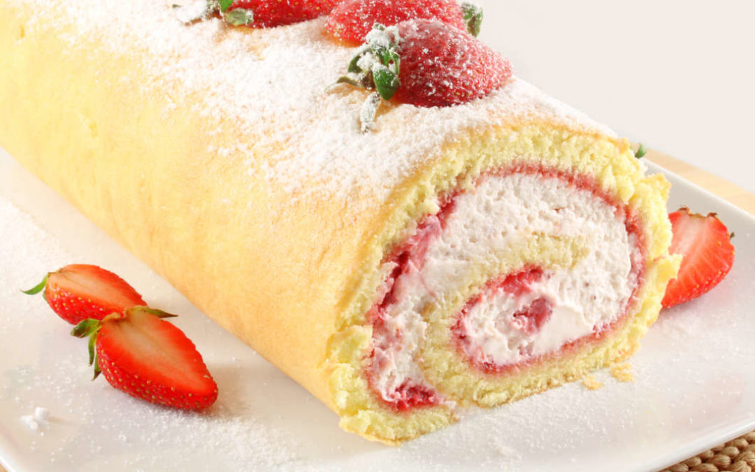 Erdbeer-Biskuitrolle – Der perfekte Sommer-Kuchen