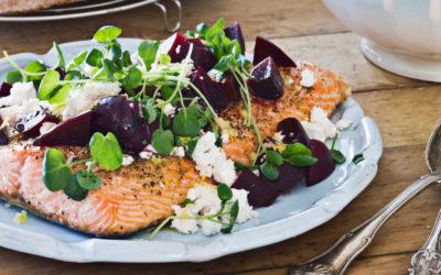 Frühlingssalate mit Fisch