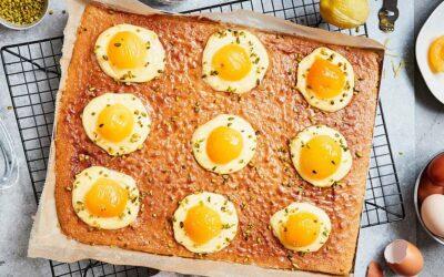 Backen für Ostern: Spiegeleier-Kuchen